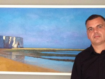 Artist with Kingsgate Bay Painting